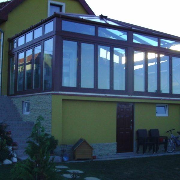 télikert, teraszbeépítés, lakótélikert