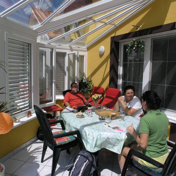 télikert, lakótélikert, teraszbeépítés, teraszfedés, sunwood télikert